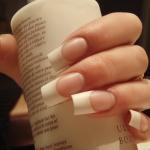 tipsy-french-manicure-warszawa
